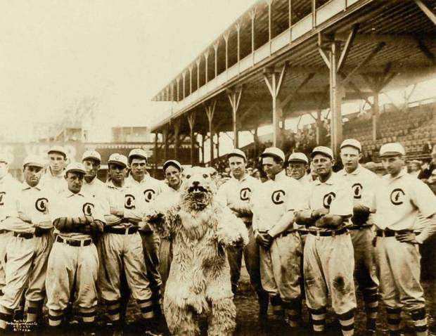 1908_Chicago_Cubs.jpg