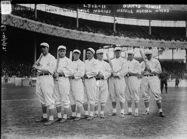 New_York_Giants_Opening_Day_line-up_at_the_Polo_Grounds_New_York._Left_to_right_Fred_Snodgrass,_Tillie_Shafer,_George_Burns,_Larry_Doyle,_Red_Murray,_Fred_Merkle,_Buck_Herzog,_Chief_Meyers_(baseball)_(LOC).jpg