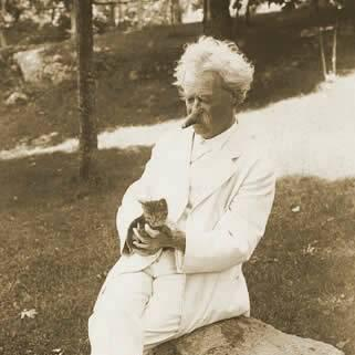 mark-twain-with-his-cats-06
